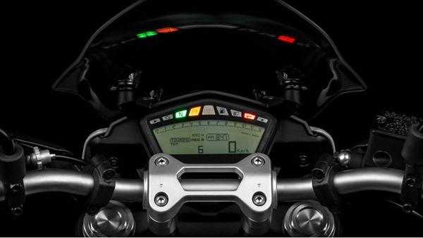 Ducati Hyperstrada23