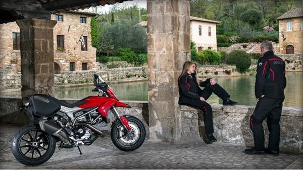 Ducati Hyperstrada3