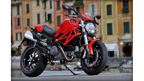 Ducati Monster 796-7