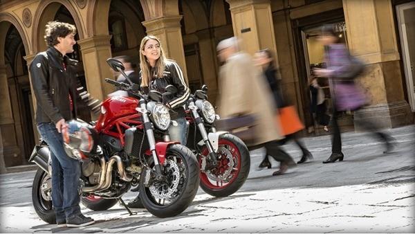 Ducati Monster 821-10