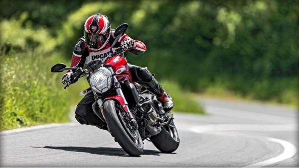 Ducati Monster 821-9