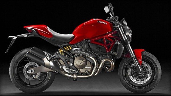 Ducati Monster 821-2