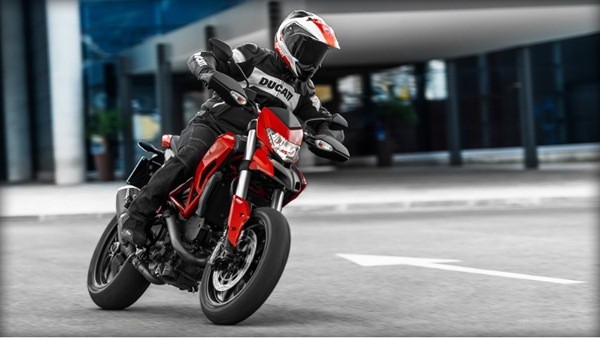Ducati Hypermotard-1