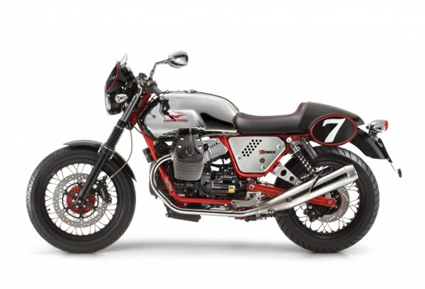 Moto Guzzi V7 II Racer2