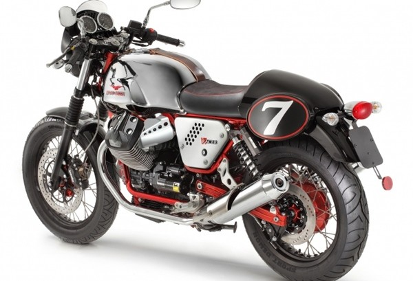 Moto Guzzi V7 II Racer4