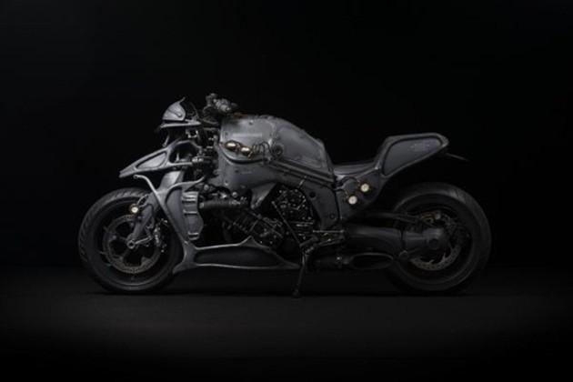 5BMW K1600 Juggernaut