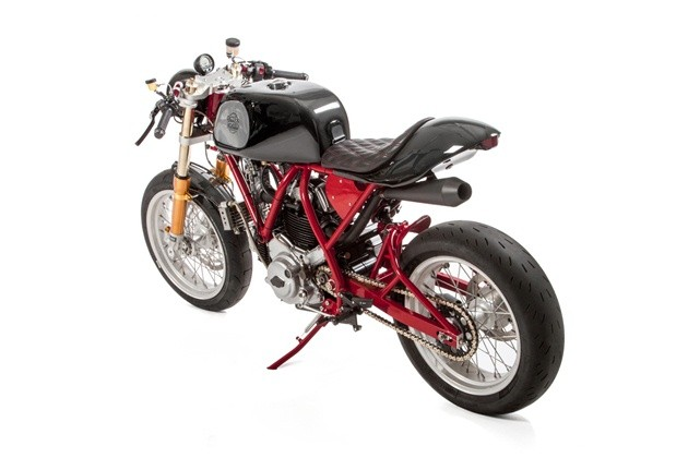 DucatiSeamless-Quarter-6208b
