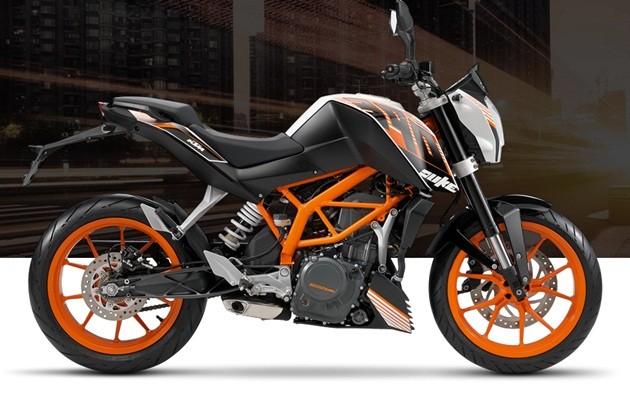 2015-ktm-390-duke-motorcycle1