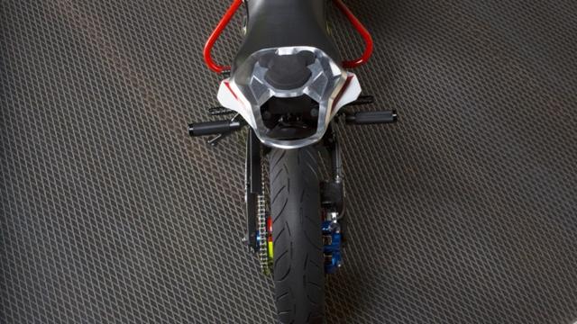 BMW Concept Stunt G 310_6