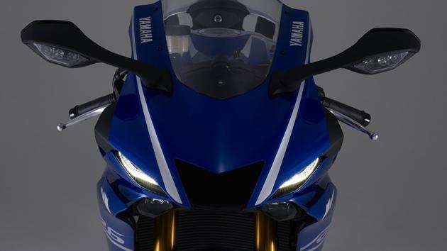 ไฟหน้า Yamaha YZF-R6 2017