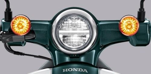 รุ่นและราคา Honda Super Cub 2018 เรโทรเจแปนสายพันธุ์แท้