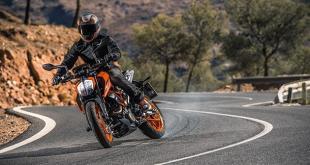 รุ่นและราคา KTM 390 DUKE ปี 2018 คล่องตัว ขับขี่สะดวก